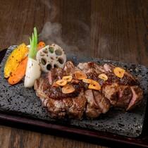 おすすめ!熟成肉の溶岩焼き ステーキ