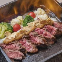 【名物】牛カイノミ肉の鉄鍋ステーキ