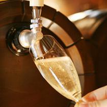 人気の「樽生スパークリングワイン」