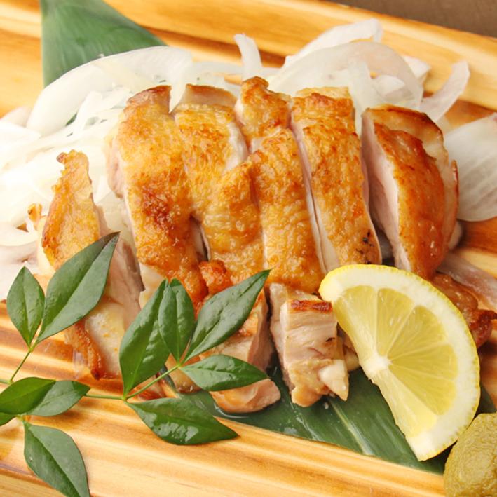 伊達鶏もも肉の一枚炙り 柚子胡椒添え