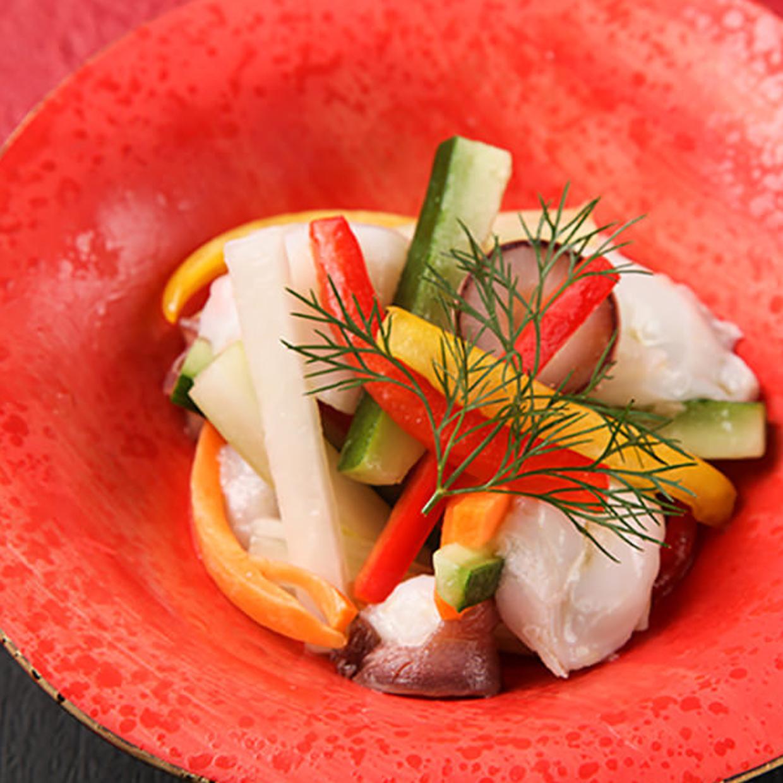 水蛸と彩り野菜のマリネ ガーリック風味
