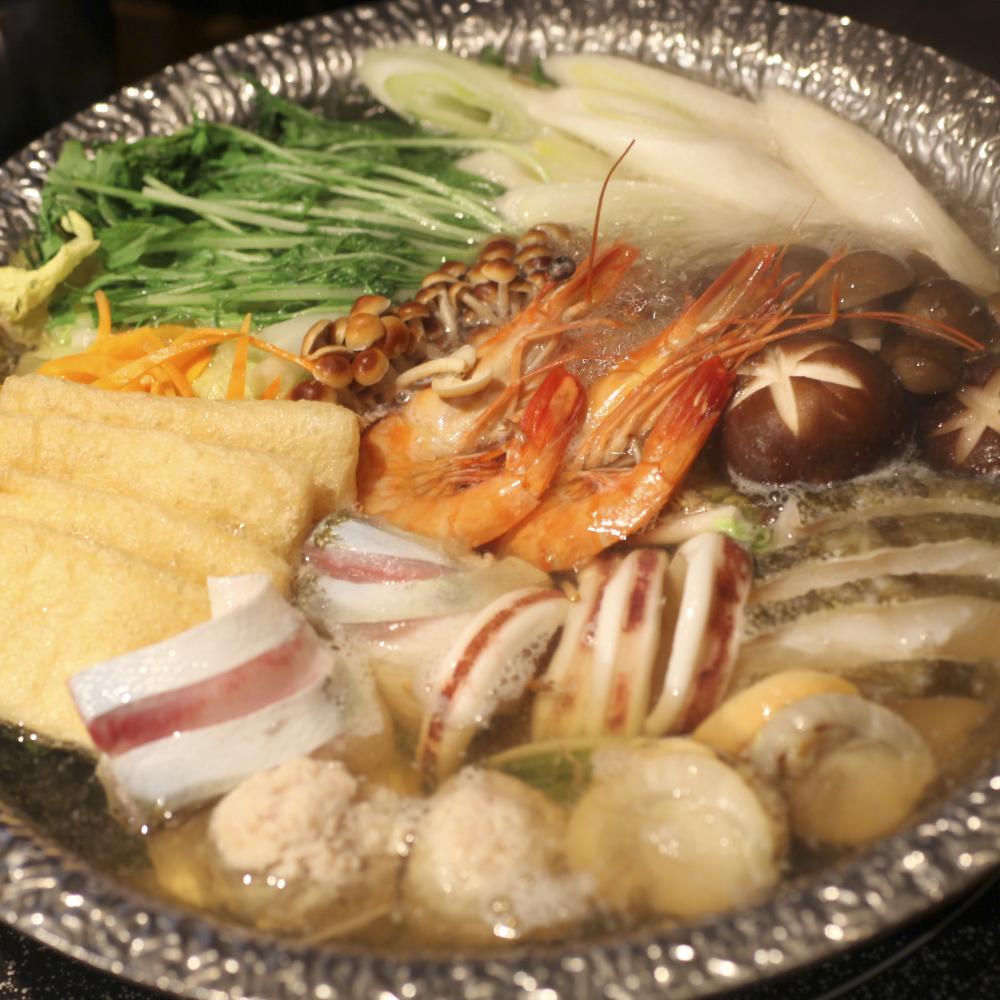 旬菜旬魚とろろわさび塩寄せ鍋