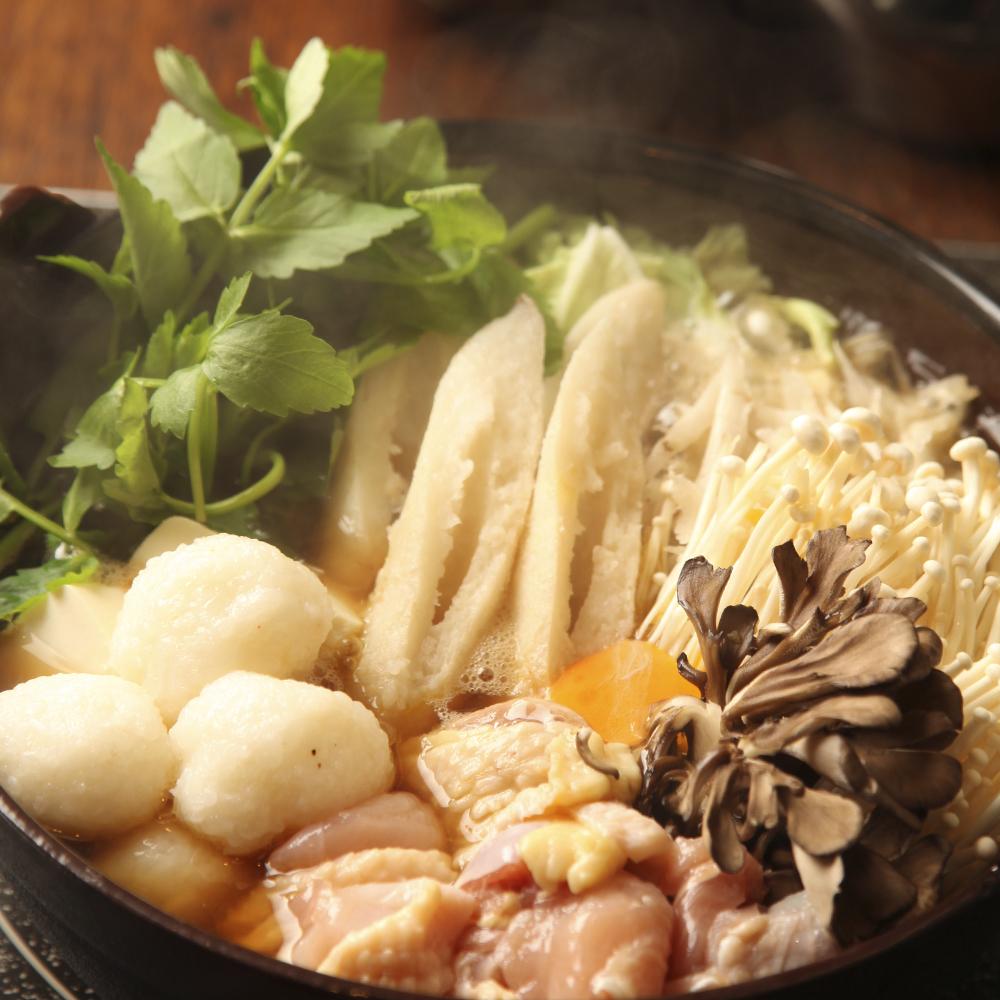 秋田比内地鶏のきりたんぽ・だまこ鍋