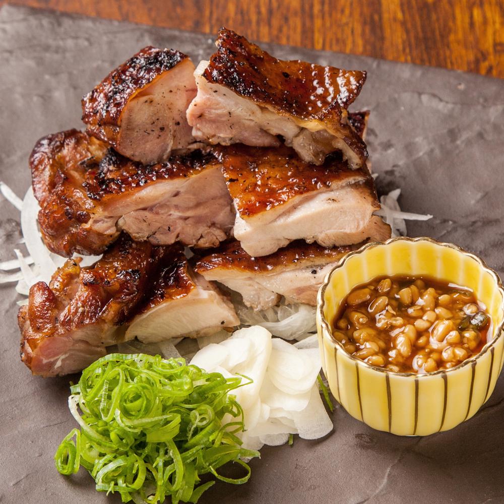 土佐はちきん地鶏 もも肉★にんにく醤油に軽く漬け込み焼きあげます