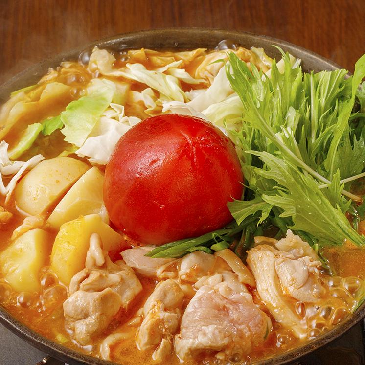 真っ赤なまるごとトマトの鶏鍋