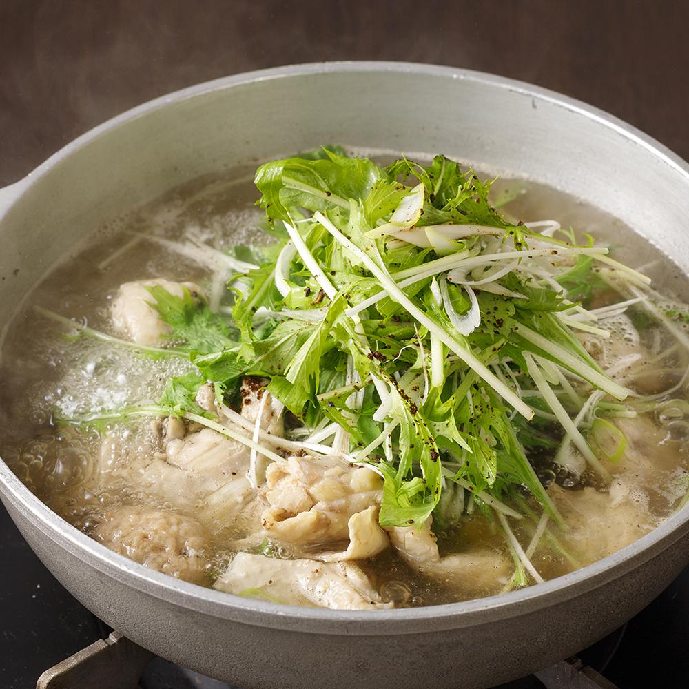 コラーゲンスープと和スパイスの鶏鍋