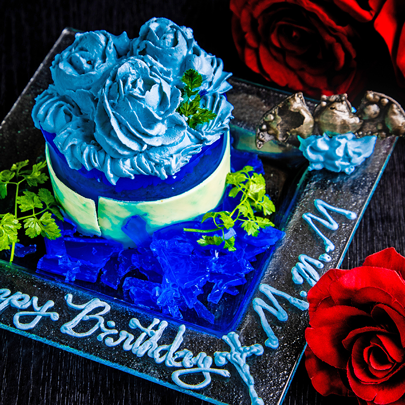 紺碧に萌ゆ青薔薇の甘い罠~レモンクリームとベリーのケーキ~