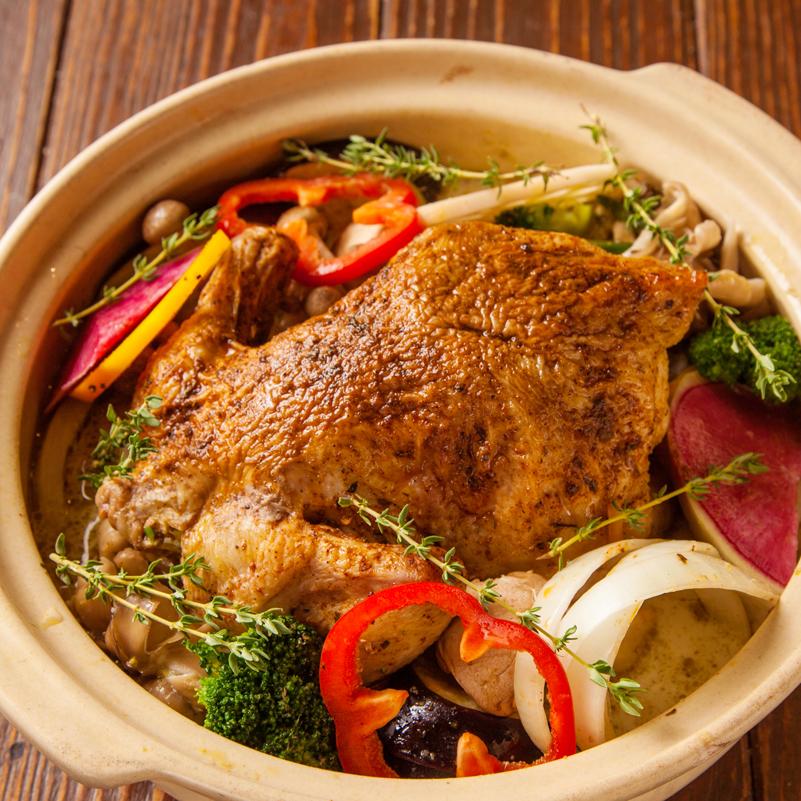 ロティサリーチキンとハーブ野菜のココナッツカレー鍋