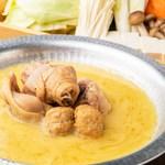 コラーゲンたっぷり白濁スープの水炊き