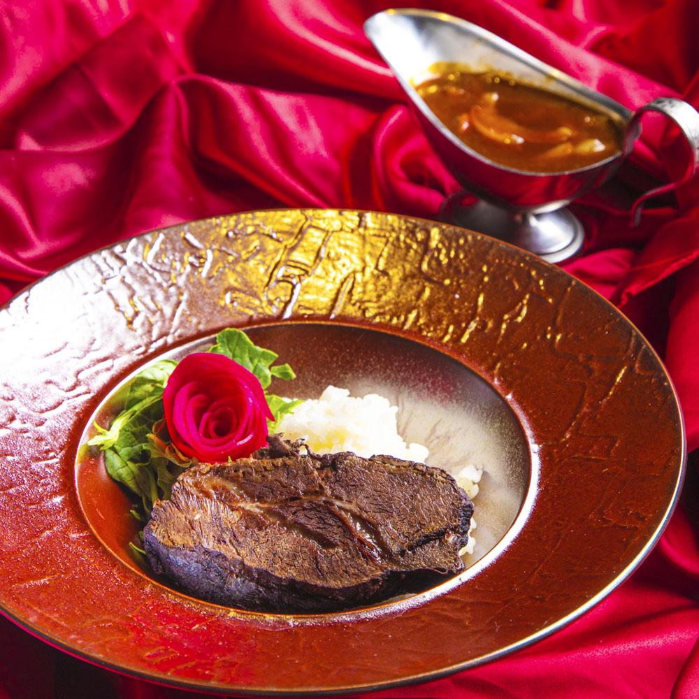 死者を弔う真紅の薔薇~ヴァンパイアカフェ特製!国産牛ホホ肉のハヤシライス~