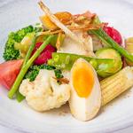 蒸し鶏と季節野菜の柚子胡椒サラダ