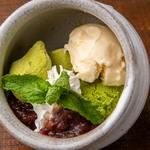 抹茶アイスとわらび餅のぜんざいパフェ