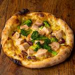 チキンとブロッコリーのパワーピザ