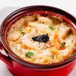 ズワイ蟹とコンキリエのクリームグラタン 蟹味噌のアクセント