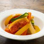 野菜とフルーツの7種ピクルス