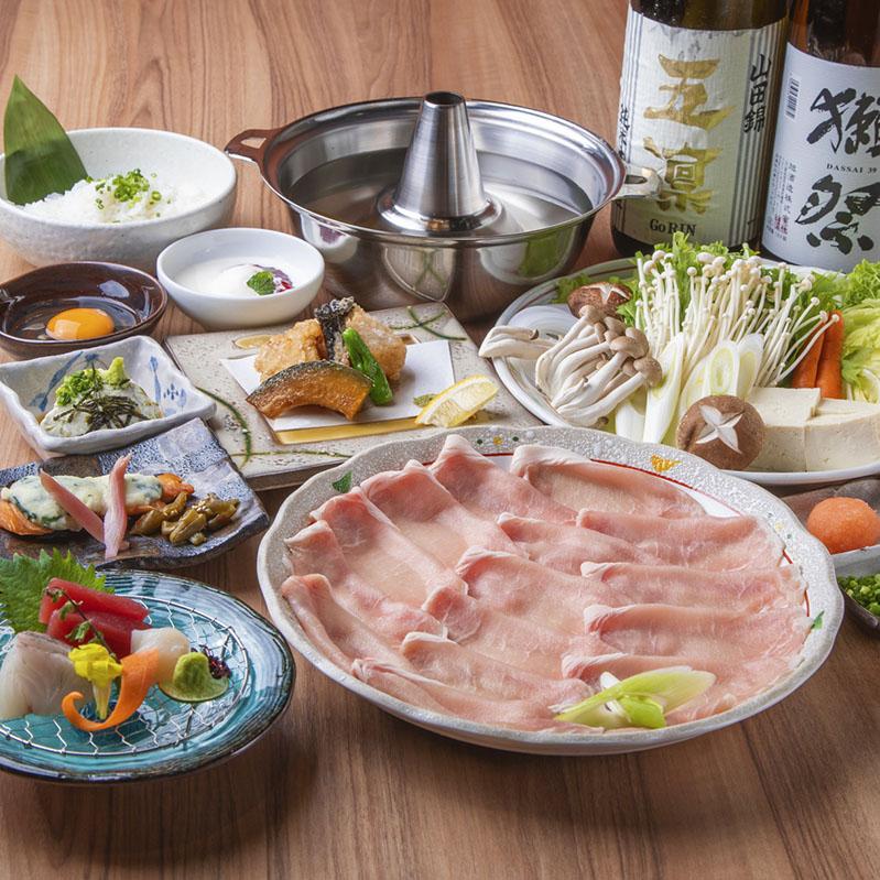 [3時間飲み放題] 選べる 大山鶏つくね鍋・氷温熟成豚しゃぶ会席9品