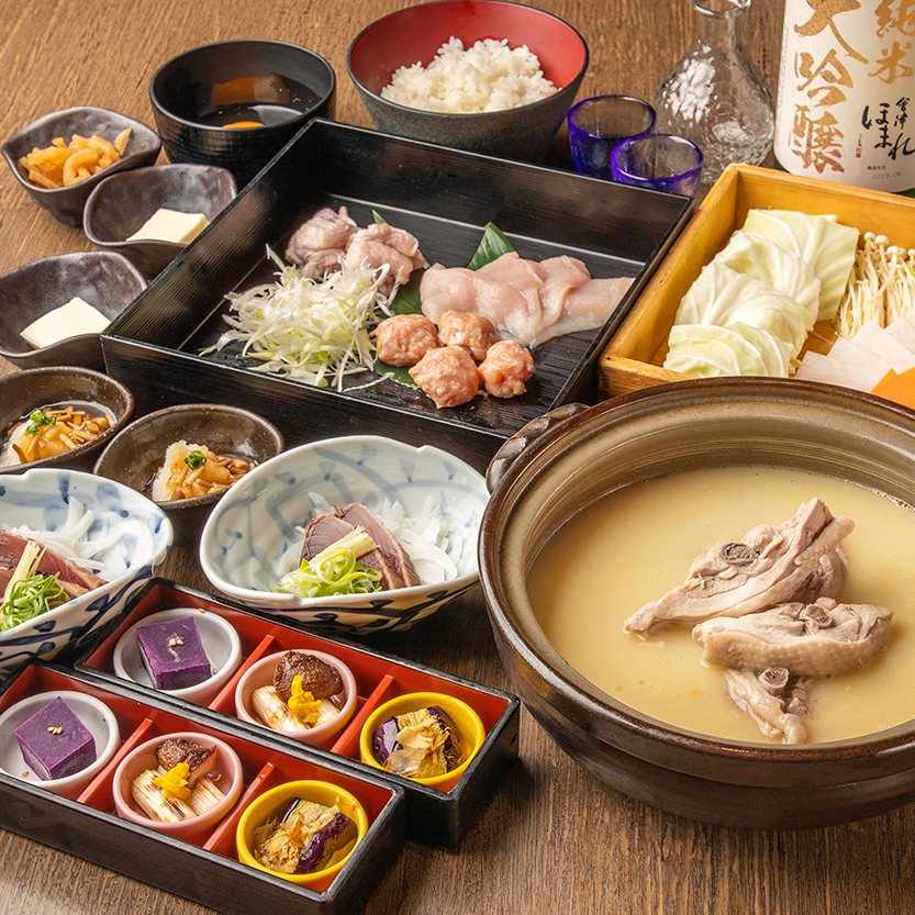 [2時間プラチナ飲み放題] 豪華飲放題付き 水炊き鍋宴会9品