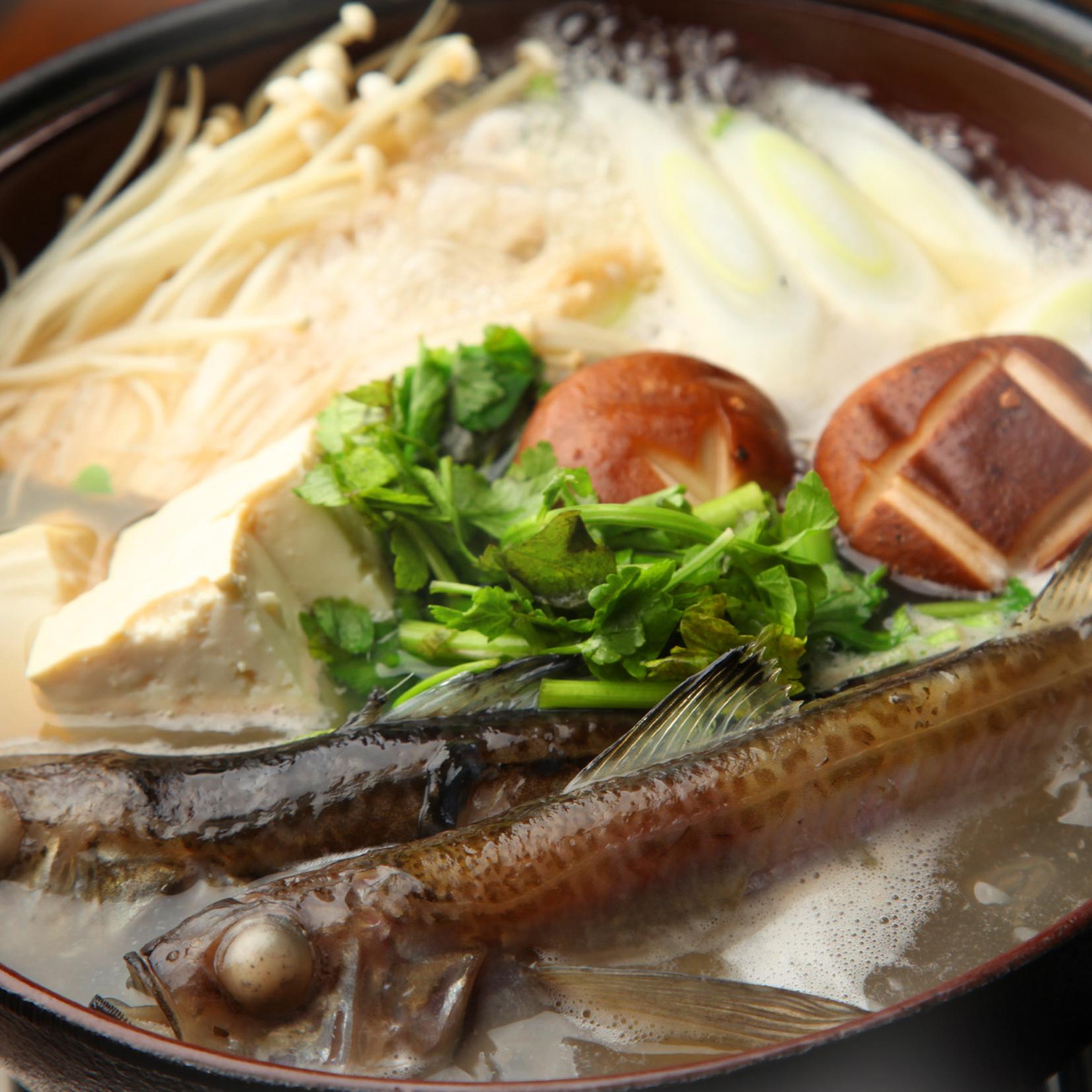 [2時間豪華飲み放題] 秋田の地酒×しょっつる鍋×ハタハタ焼き8品