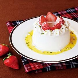 【冬限定】苺のシフォンケーキ~北海道ミルキークリーム仕立て~
