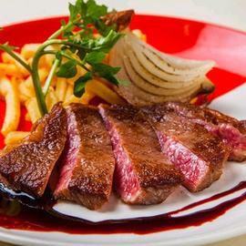黒毛和牛ロース肉のグリル ~赤ワインソース~