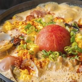 """""""酸辛鍋""""-鶏モモとあさり、トマトの酸辣湯スープ-"""