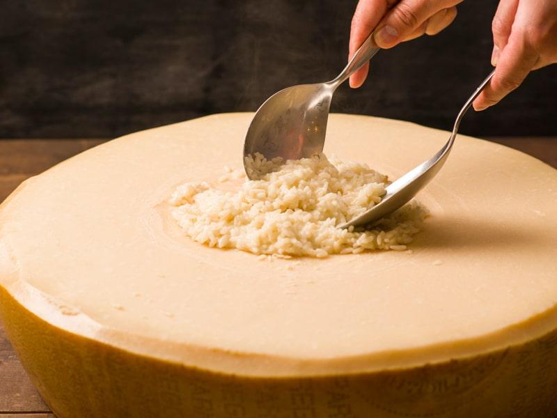 Cheesetable main1 min