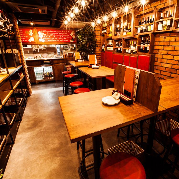 【1階】テーブル席
